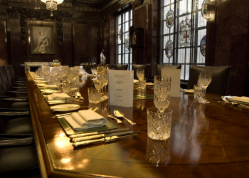 BOARDROOM AND BANQUETING